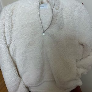 Hollister White FERPA zipper on chest area